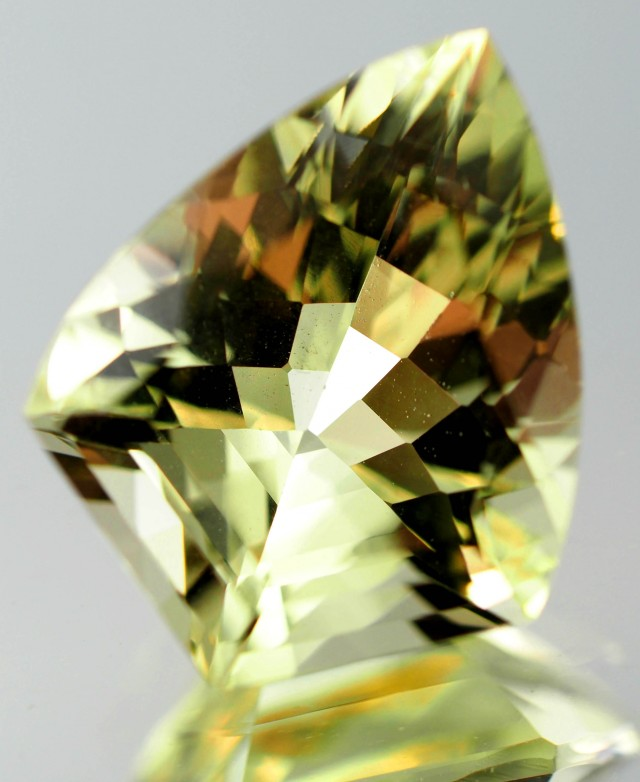 6.75 CTS HELIODOR FROM AUSTRALIA [STS712]