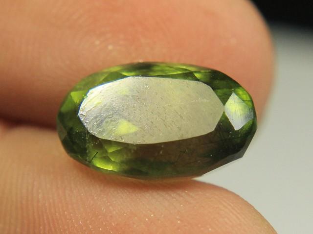 Wow 9 carats Very Beautiful Cut Rutiled Peridot For Pendant.