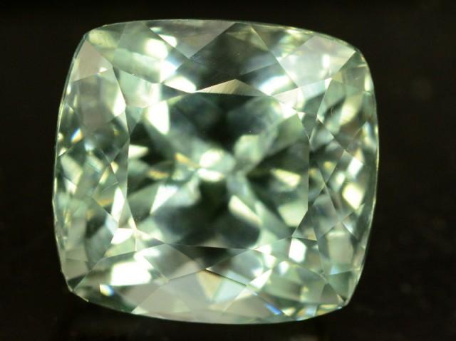 8 0 ct greenish spodumene gemstone