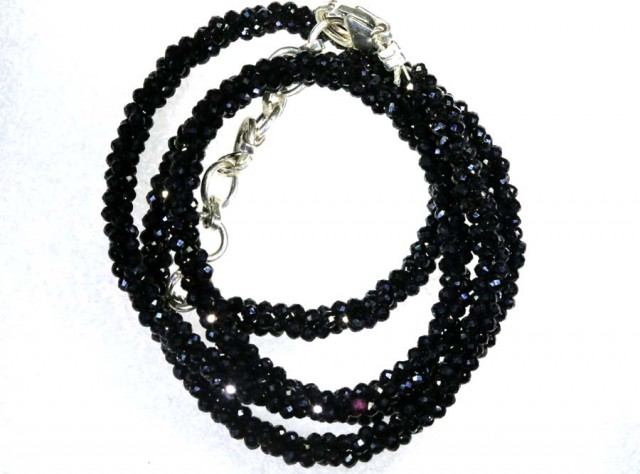 48.4CTS BLACK SPINEL BEADS STRAND PG-2192