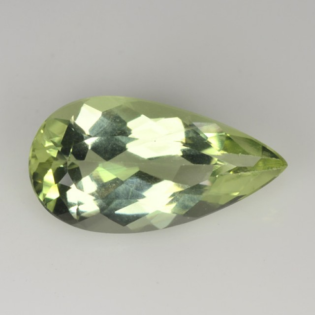 ~UNHEATED~ 3.40 Cts Natural Green Beryl Pear Brazil