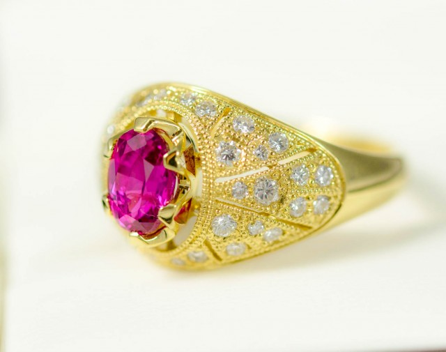 GIA Rare Ruby 1.28 ct, Diamond 0.55 ct, 750