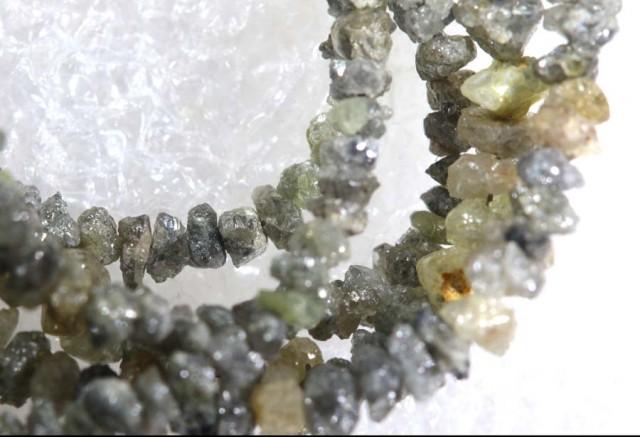 19 CTS METALLIC SILVER GREY ROUGH DIAMOND STRAND SD-241
