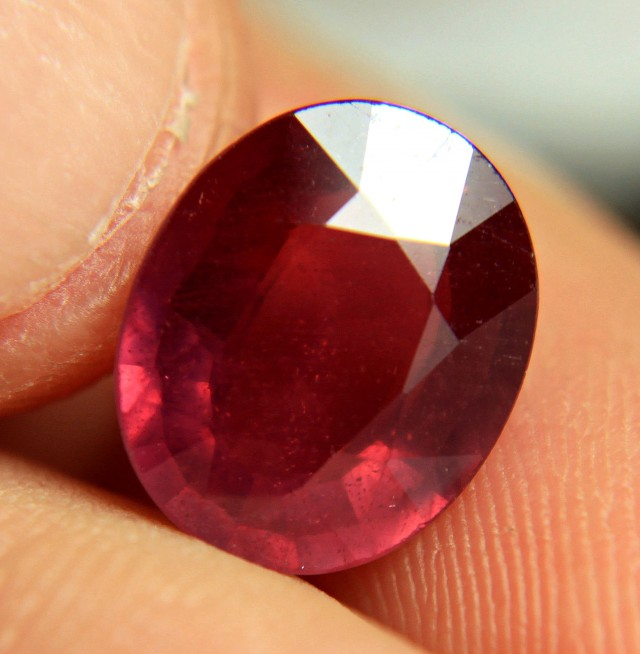 6.08 Carat Fiery Red Ruby - Superb