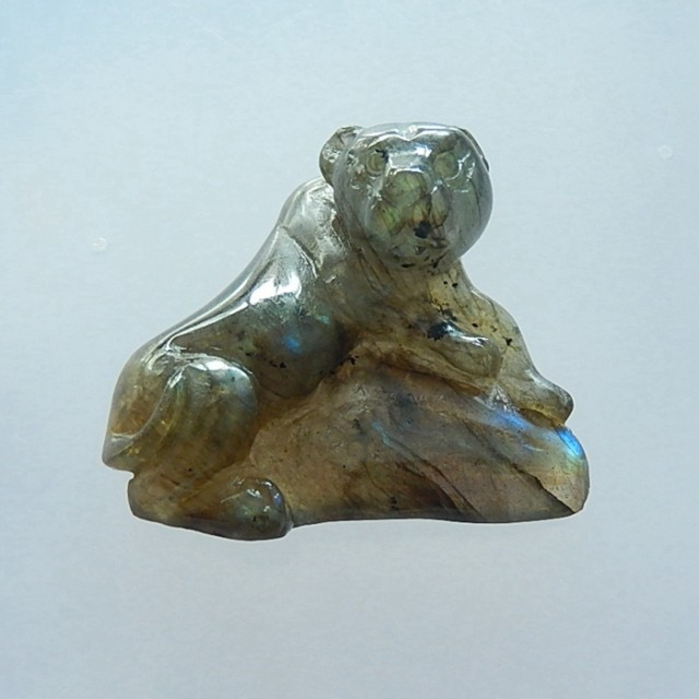Ct natural labradorite carving tiger cabochon