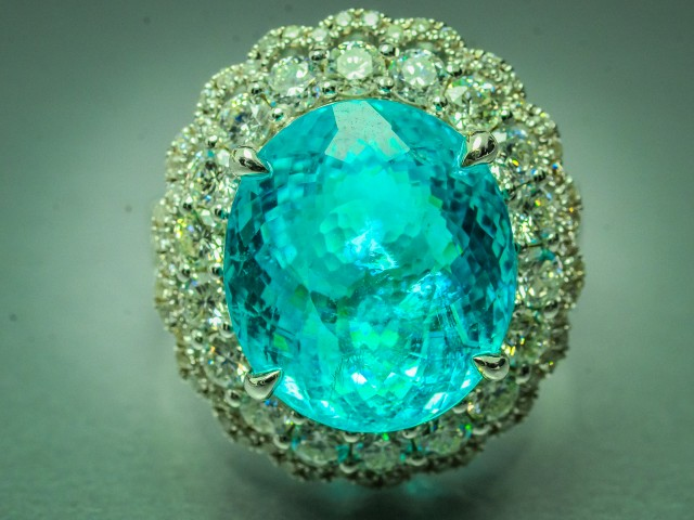 AIGS Cert 9.20 ct Paraiba Tourmaline 18K White Gold Diamond H color Ring