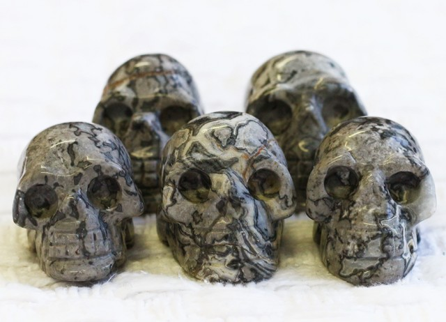 Cute Grey Crazy Agate family Gemstone Skull  PPP 1356