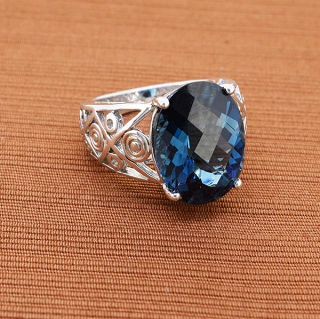 Classy London Blue Topaz 925 Sterling Silver Ring - Size 6