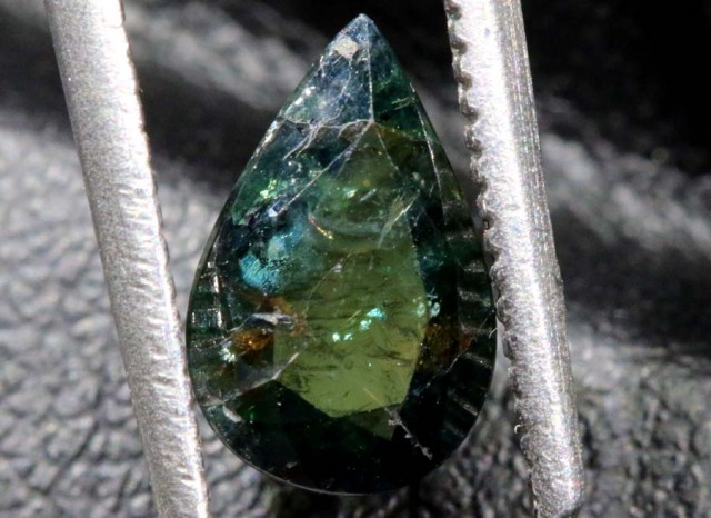 1.43CTS UNHEATED AUSTRALIAN GREEN-BLUE SAPPHIRE FACETED CERTIFIED PG-2237