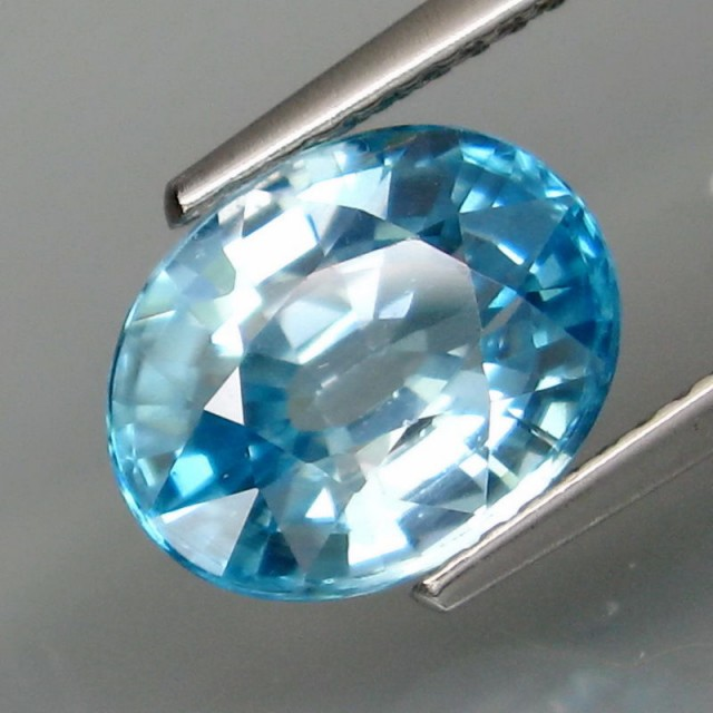 NICE NATURAL BLUE ZIRCON 4.32cts