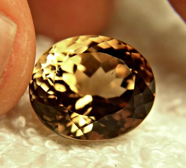 14.52 Carat Brazil VVS Golden Topaz - Gorgeous