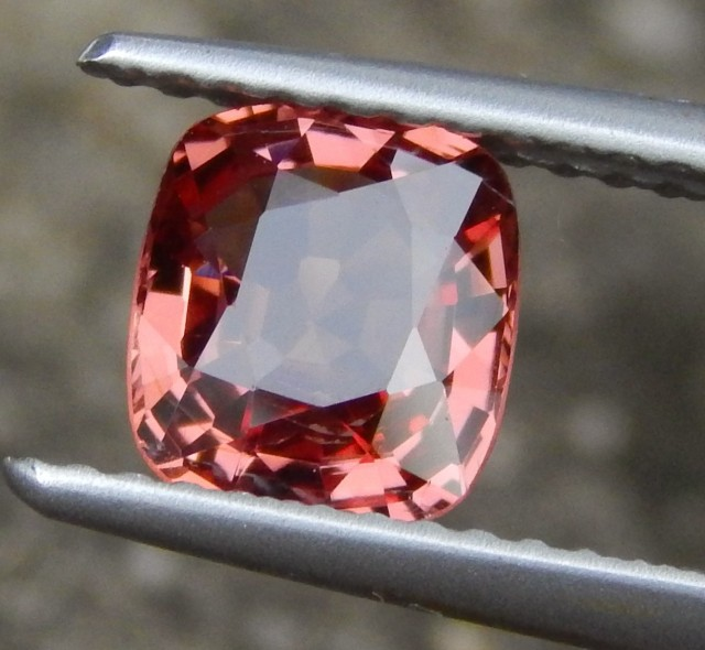 1.25ct Burma Spinel, 100% Untreated,