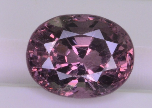 1.40 ct NATURAL BEAUTIFUL SPINEL