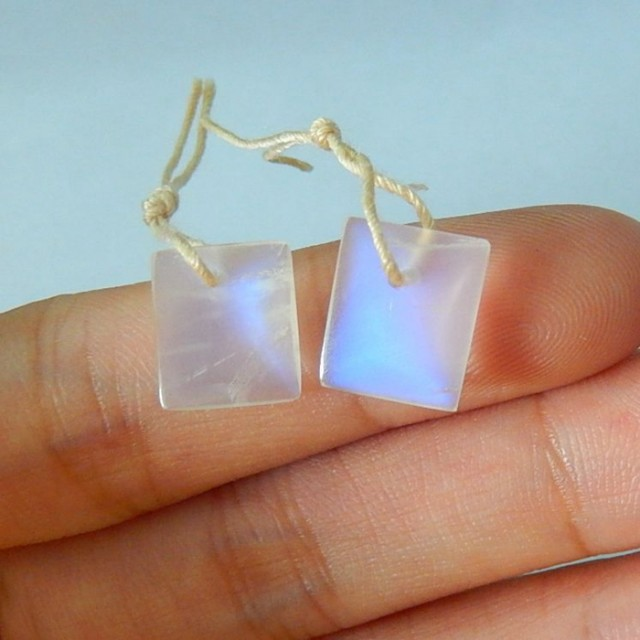 7.5ct Natural Blue Flash Moonstone Earrings ,Fine Jewelry (17080907)
