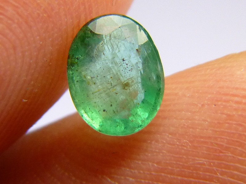1.20cts  Emerald , 100% Natural Gemstone