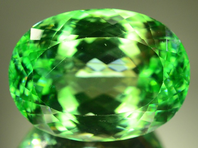 74.60 ct Huge Size Flowless Green Spodumene