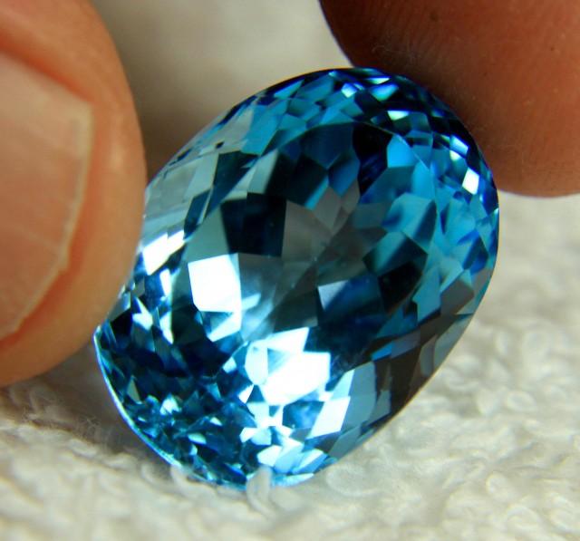 28.8 Carat Brazil Blue IF/VVS1 Topaz - Superb