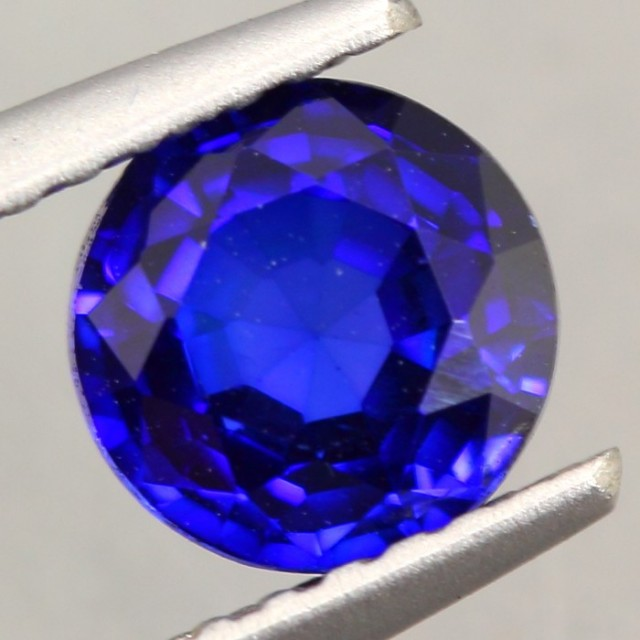 1.02Ct Natural Royal Blue Sapphire Round Cut