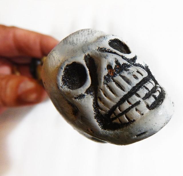 Mayan skull pipe      PPP1408