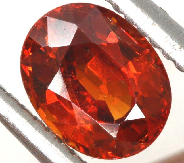 0.95CTS GARNET FACETED STONE PG-2316
