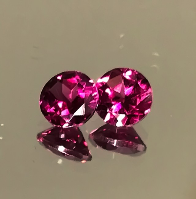 A PAIR OF CRIMSON RHODOLITE GARNETS FANTASTIC NO RESERVE AUCTION