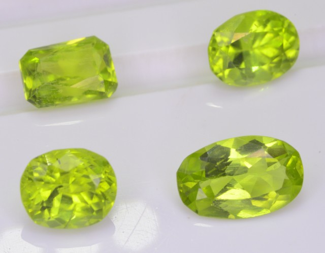 4.80 CT NATURAL PERIDOT @ PAKISTAN