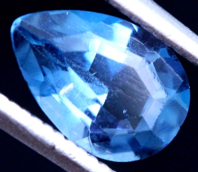 1.5 CTS BLUE TOPAZ STONE  CG-2307