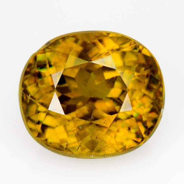 4.45 Cts Natural Sphene Greenish Yellow Oval Russia