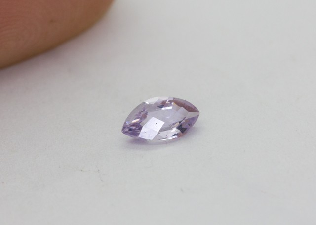 0.440Ct  Spinel High Quality Cutting