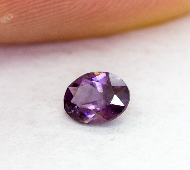 0.365Ct  Spinel High Quality Cutting