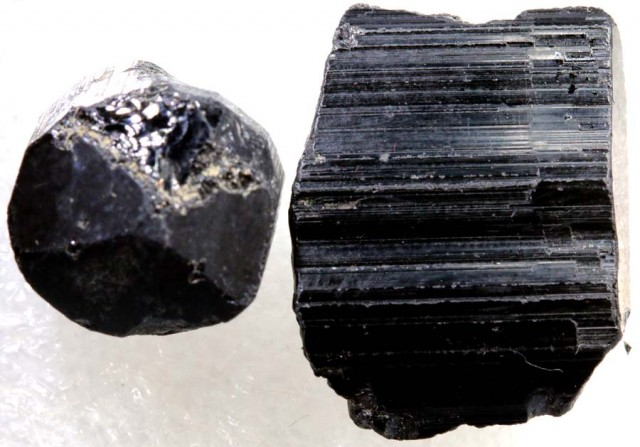 50.8CTS TOURMALINE BLACK NATURAL ROUGH 2PCS RG-2413