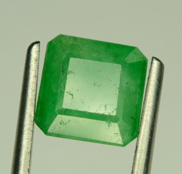 1.20 CT NATURAL GREEN EMERALD