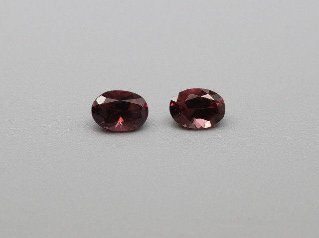 RHODOLITE GARNET OVAL SHAPED PAIR