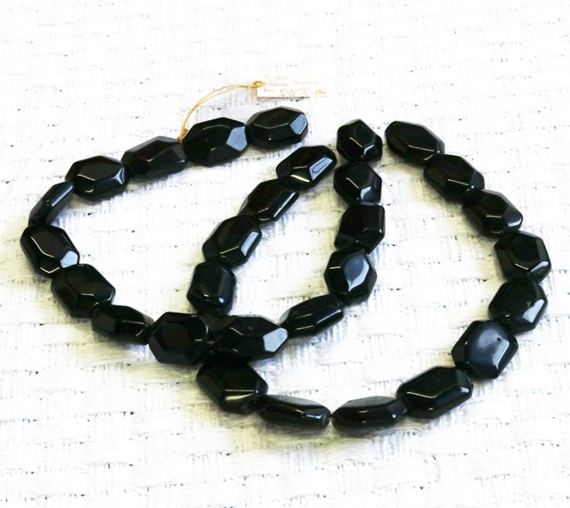two Faceted Black agate strand beads GOGO 1773