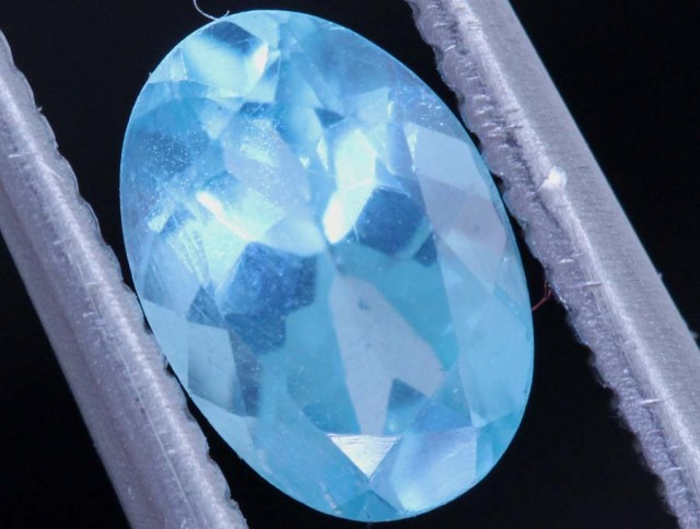 BLUE ZIRCON FACETED STONE 0.75 CTS PG-463