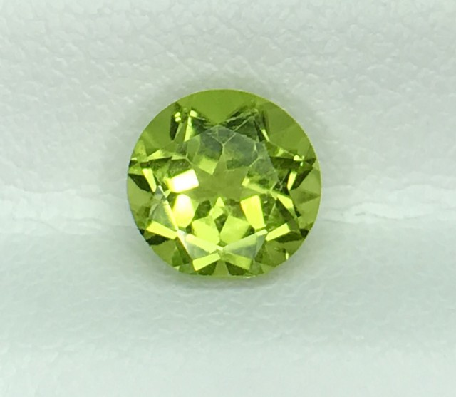 1.48 CT NATURAL GREEN PERIDOT HIGH QUALITY GEMSTONE S61