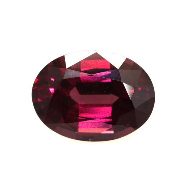 4.23cts Natural Rhodolite Garnet Oval Cut