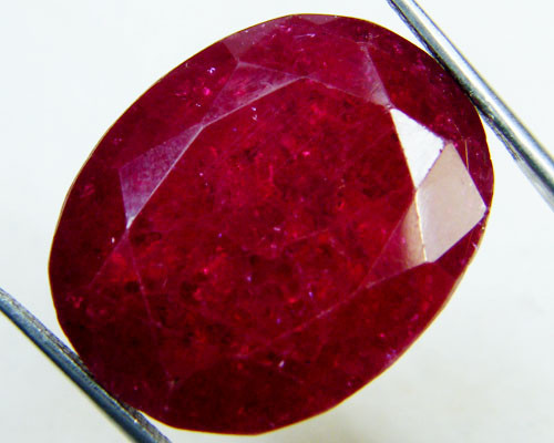 stone rubi ruby large magic dangerous en gemstone