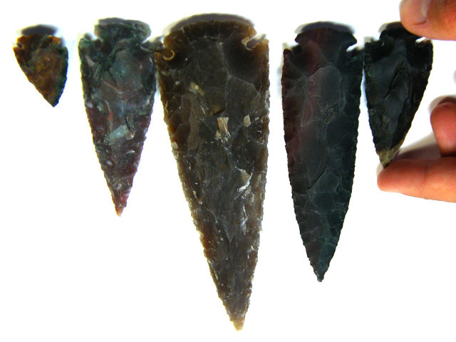 SET FIVE  JASPER ARROW HEADS    720 CARATS     AG 336