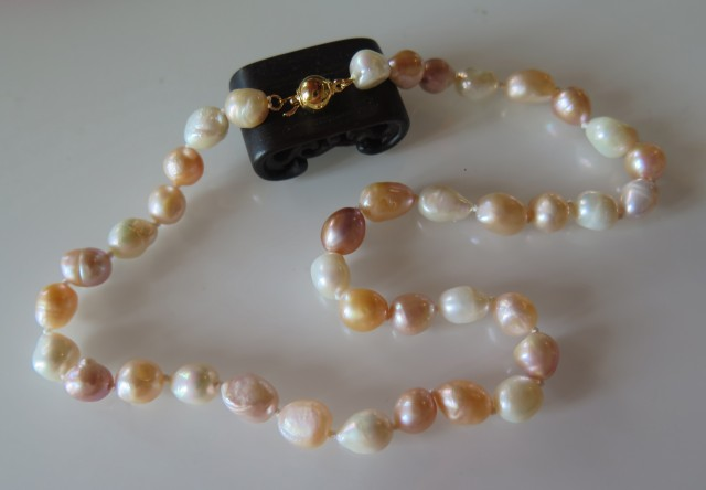 NICE NATURAL BAROQUE PEARL NECKLACE 44cm