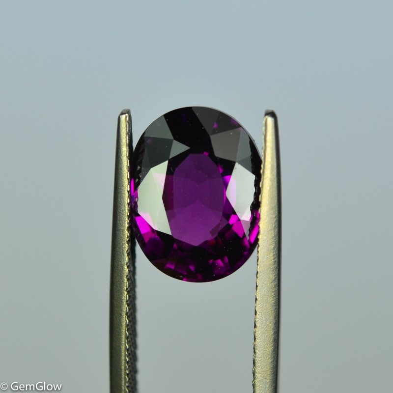5.61 Cts Stunning Eye Clean Vivid Purple Garnet