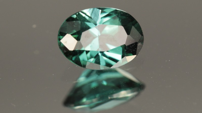 0.78 CT TOURMALINE - BLUE-GREEN - UNTREATED!  VVS!