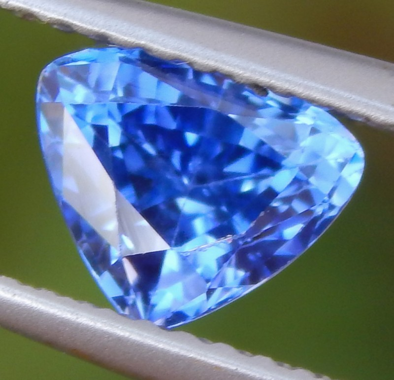 1.44cts Ceylon Blue Sapphire,  VVS Eye Clean, Heat Only