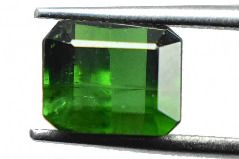2.70 Ct Natural Green Tourmaline Gemstone