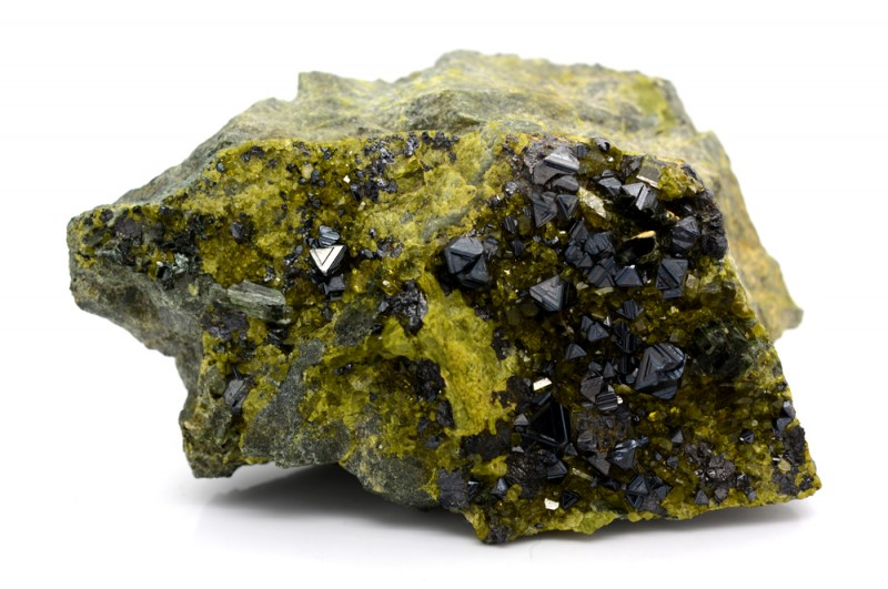 2225 Cts Magnetite With Epidote Specimen From Afghanistan