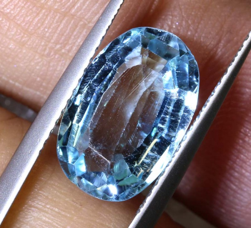 4.65CTS BLUE TOPAZ  NATURAL STONE FACETED TBG-2602