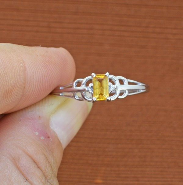 CItrine 925 Sterling Silver Ring SIZE 9 (SSR0279)
