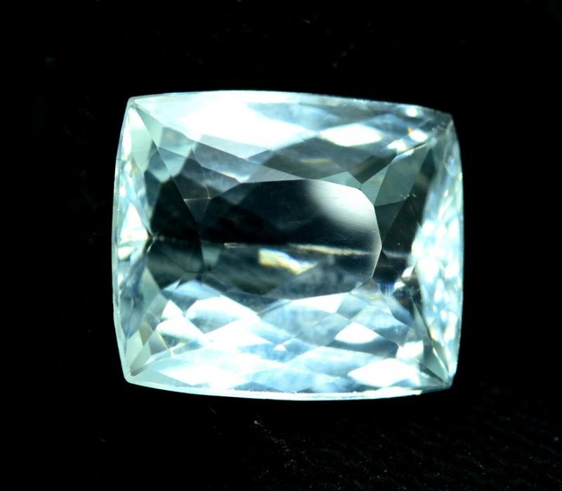 11.50 cts Untreated Aquamarine Gemstone from Pakistan