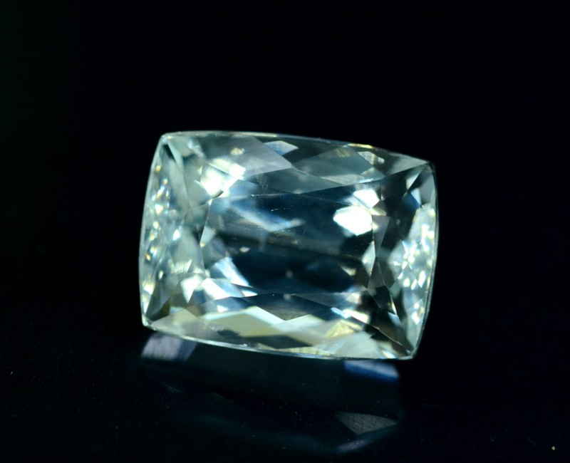 12 cts Untreated Aquamarine Gemstone from Pakistan