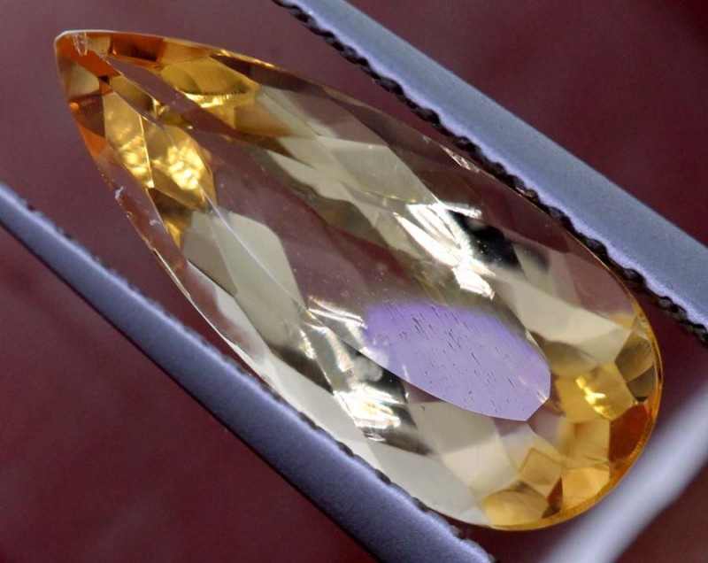 1.9CTS CERTIFIED GOLDEN/SHERRY TOPAZ FACETED GEMSTONE TBM-1372